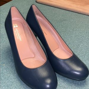 Naturalized Navy Pumps
